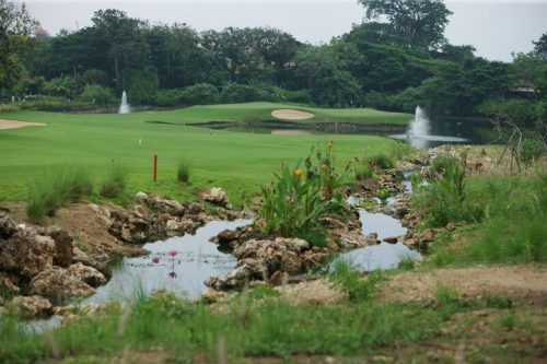 bali-national-golf-course-stream